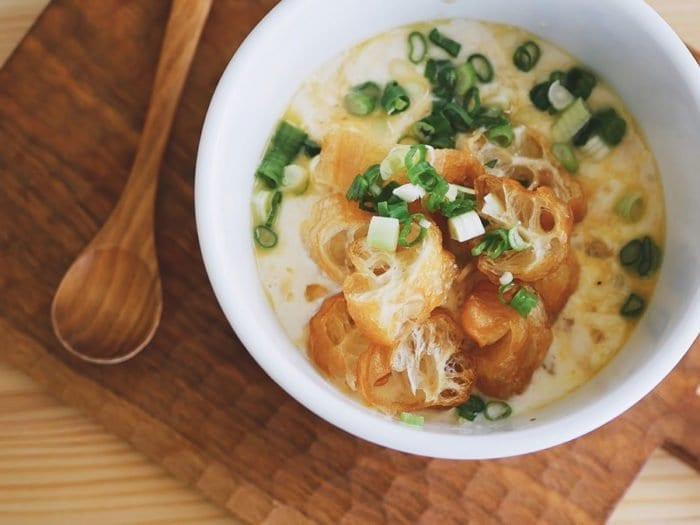 懶人早餐 - 台式鹹豆漿加蛋