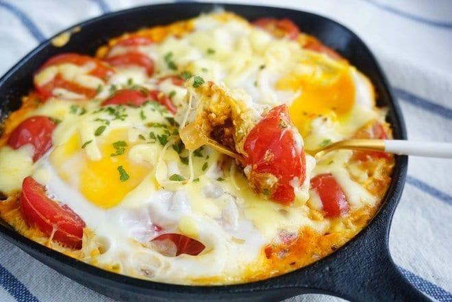 番茄芝士焗蛋 / 番茄起司烤蛋,跟番茄炒蛋完全不一樣的口味!