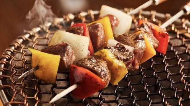 烤肉串 / 燒烤醬 / 青醬