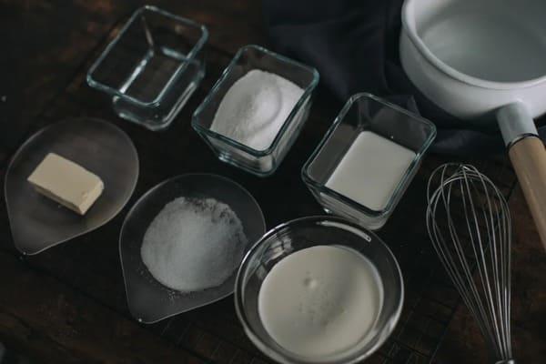 甜品界的黃金配角:海鹽焦糖醬-Salted-Caramel-Sauce-1