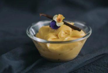 甜品界的黃金配角:雲呢拿吉士醬 / 香草卡士達醬 (Vanilla Custard Sauce)
