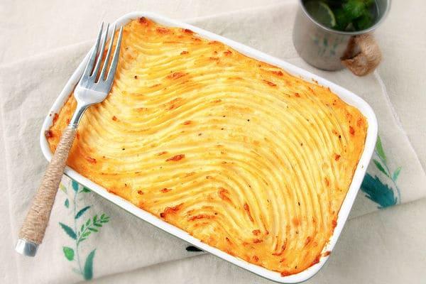 英國傳統菜 – 牧羊人派 (Shepherd's Pie) (簡單又美味)