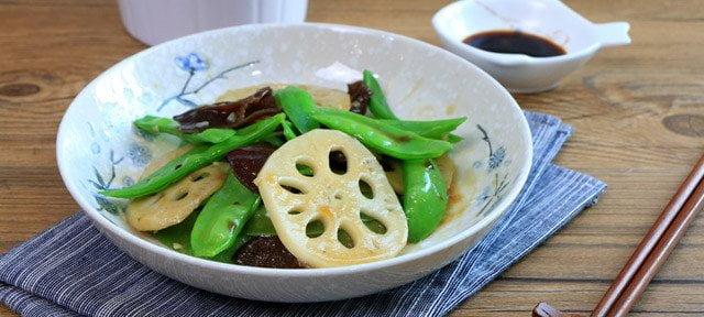 木耳荷蘭豆燴蓮藕片