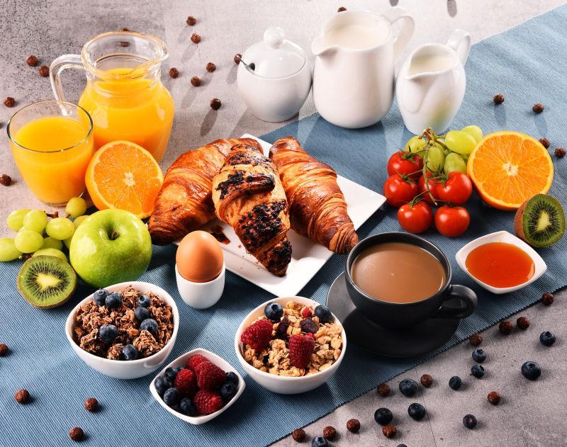 豐盛的營養早餐