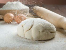 如果沒有麵包機,手揉麵團怎麼操作?