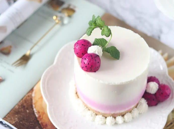 火龍果慕斯蛋糕 Dragon Fruit Mousse Cake