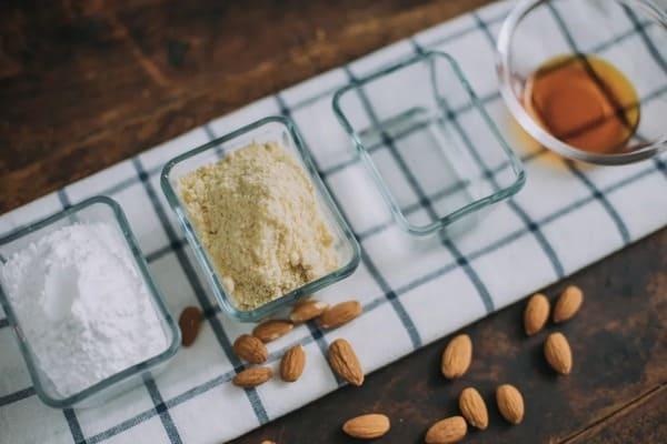 甜品界的黃金配角:杏仁膏-Almond-Paste-1
