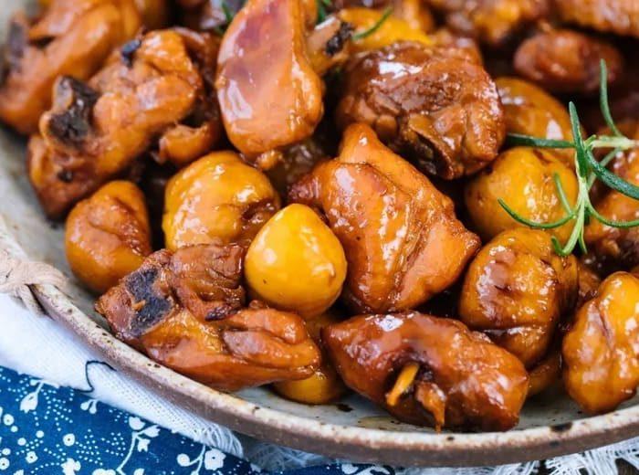 栗子炆雞 Braised Chicken with Chestnuts