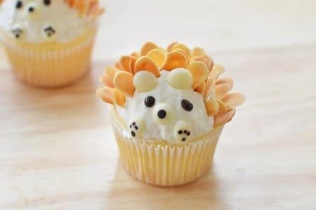 -Little-Hedgehog-Cupcakes-16