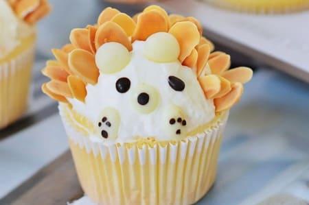 -Little-Hedgehog-Cupcakes-18