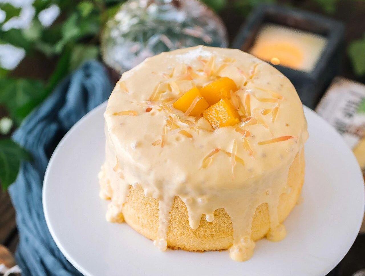 楊枝甘露爆漿戚風蛋糕 (Mango Pomelo Sago Lava Cake)